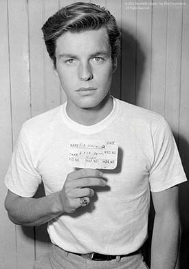 Robert Wagner poses with his placard for a 1953 production of Titanic. Wagner began his career in 1950 as a Twentieth Century Fox contract player.