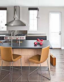 Scavolini kitchen with apples