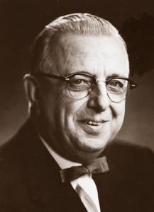 Dwight Lowell Dumond headshot (courtesy of U-M's Bentley Historical Library.)