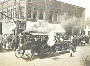 Steam engine on State Street