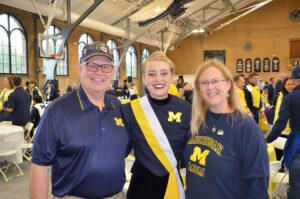 Amanda Balogh with her parents—Jerry Balogh and Lynn Halton.