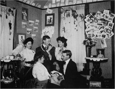 Students sometimes entertained in their rooming houses.