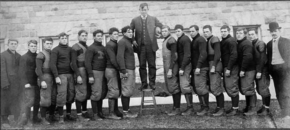 Yost with team, 1905