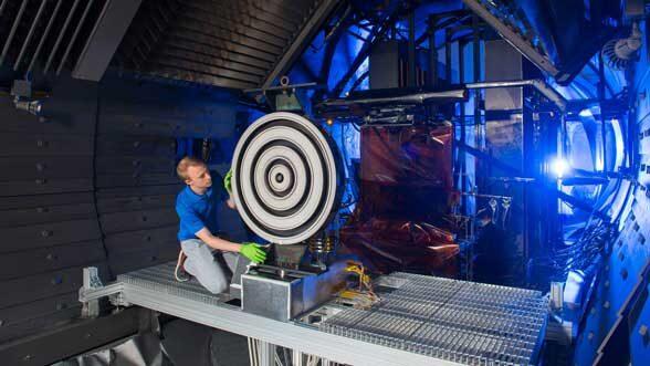 Mars thruster breaks records