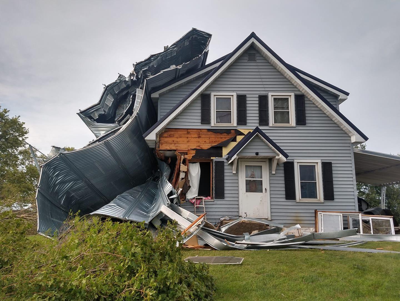 Derecho destroys house, 2020